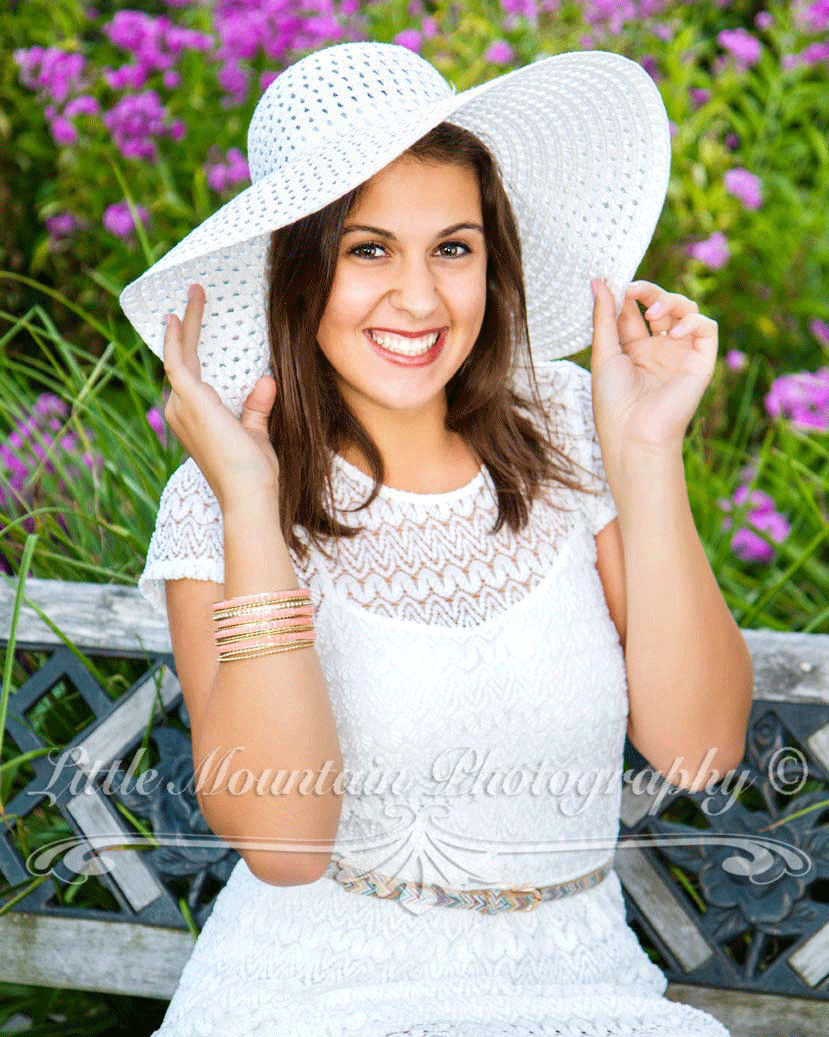 Best Meadville Erie Pennsylvania Photographer, Best Senior Photographer in Pennsylvania, Crawford and Erie County Senior Portrait Photographer, Best Family and Senior Pictures in Meadville and Erie Pennsylvania