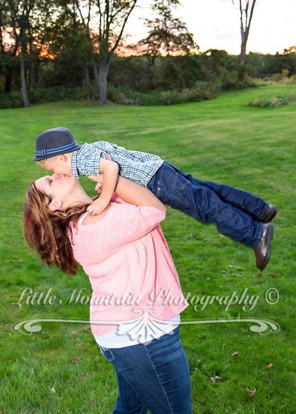 Mamas-boy, Family-Portraits-Meadville-Pa, Custom-Portraits-Crawford-County, Family-Photos-Little-Mountain-Photography