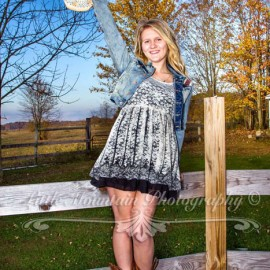 She's Country – from her head down to her boots