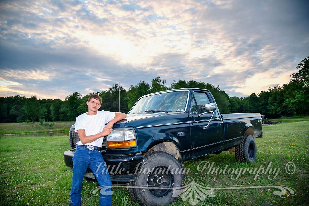 country boy truck,Best Senior Photography Meadville Erie Pa, Senior Pictures Meadville Erie Pa, Family Portraits Little Mountain Photography Meadville Pa
